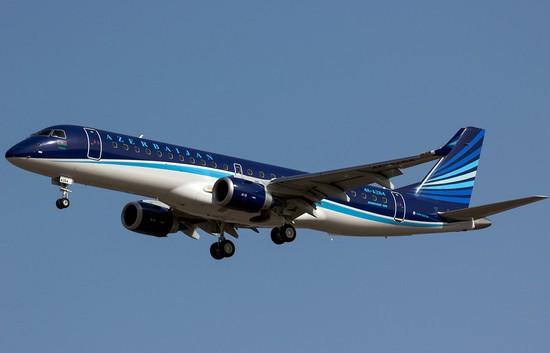 самолет Azaljet